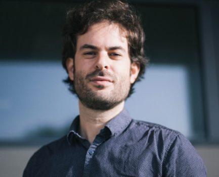 """Felipe Lage: """"Cada proxecto é unha nova aventura indeterminada"""""""